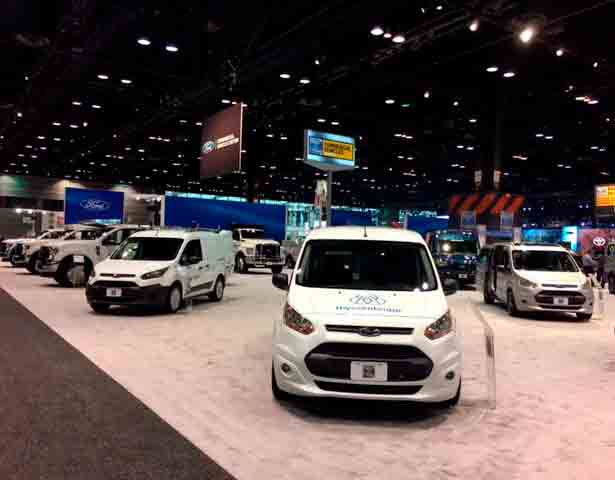 thyssenkrupp-Delivery-Robot-Fleet-Vehicle-at-Auto-Shows
