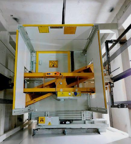 Safety gear installed on lower girder