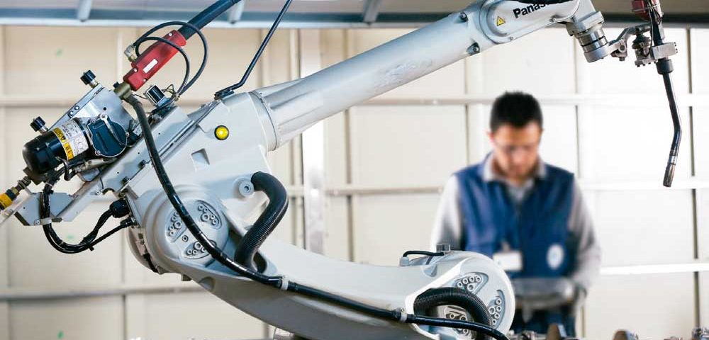 Smart-Machines-Are-Ushering-In-a-New-Generation-of-Production