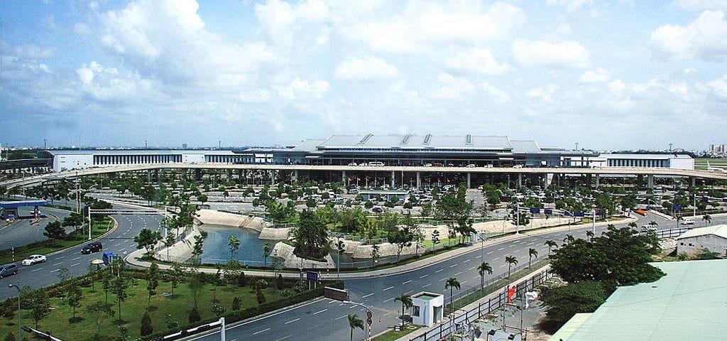 Airport In Vietnam Installs Extra Elevators