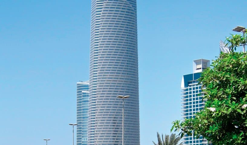 Abu-Dhabis-Landmark-Tower