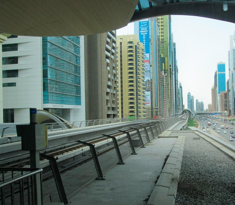 Dubai-Tall-Growth-on-the-Desert-Coast-Figure-3