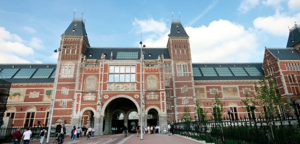 Rijksmuseum-Gets-New-Lifts