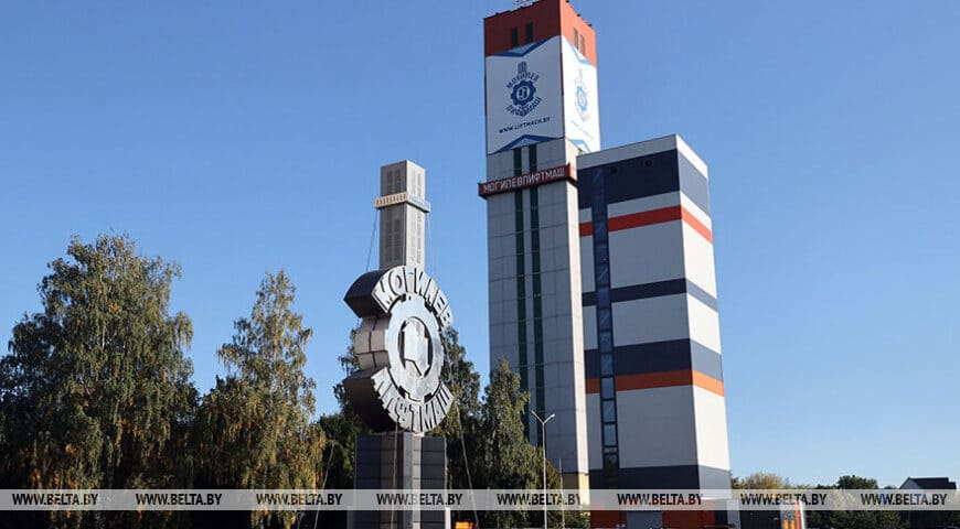 Belarus Elevator Manufacturer Hits Production Milestone