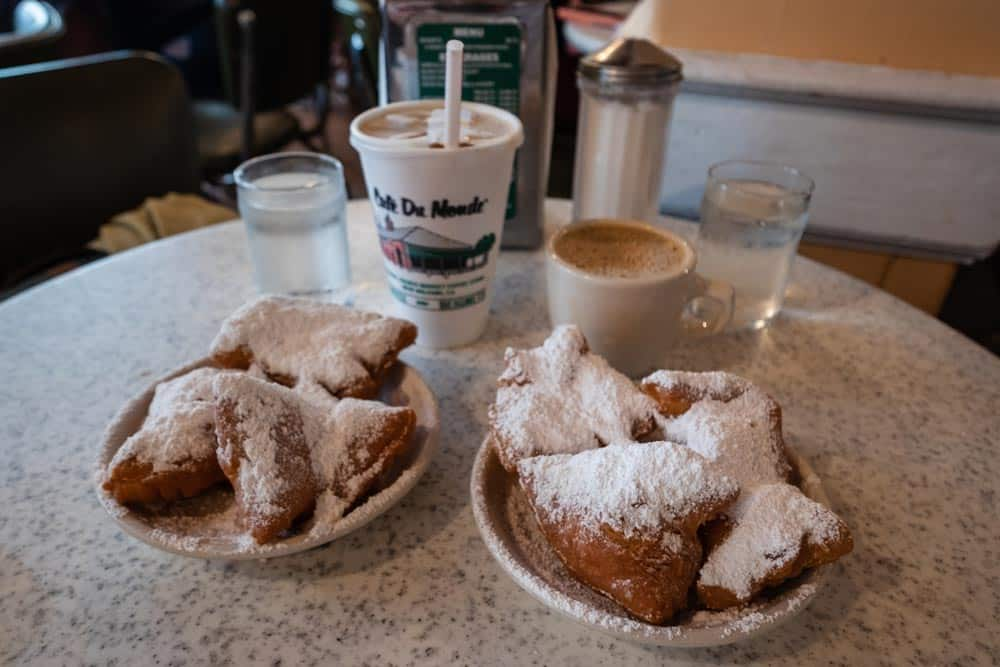 Let-the-Good-Times-Roll----Cafe-du-Monde-by-Traveling-Newlyweds
