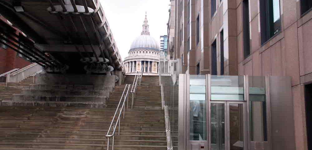 Londons-Millennium-Bridge-Gets-New-Inclined-Elevator