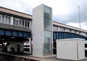 Lifts-Improve-Accessibility-at-Londons-Clapham-Junction