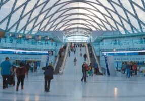 Messaging-Systems-for-Escalators-and-Moving-Walks