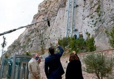 New-Elevator-Eases-Access-to-Athens-Acropolis