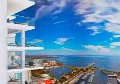 Tall-building-completions-in-Miami-St.-Petersburg